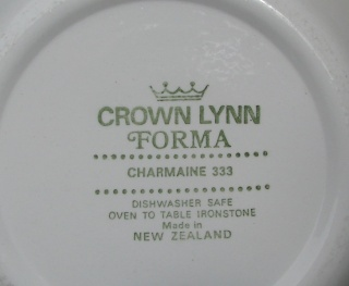 Charmaine Tableware by Crown Lynn Charma11