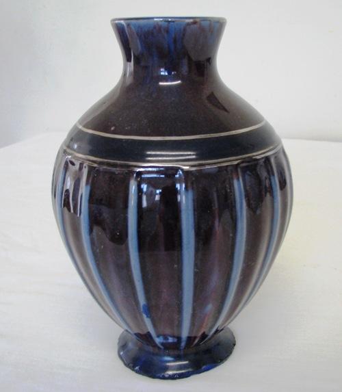 Experimental Ruskin type glazed vase. Crown_27