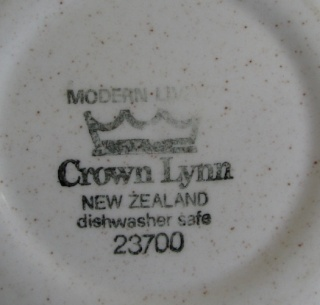 Modern Living Crown Lynn Tableware Modern11