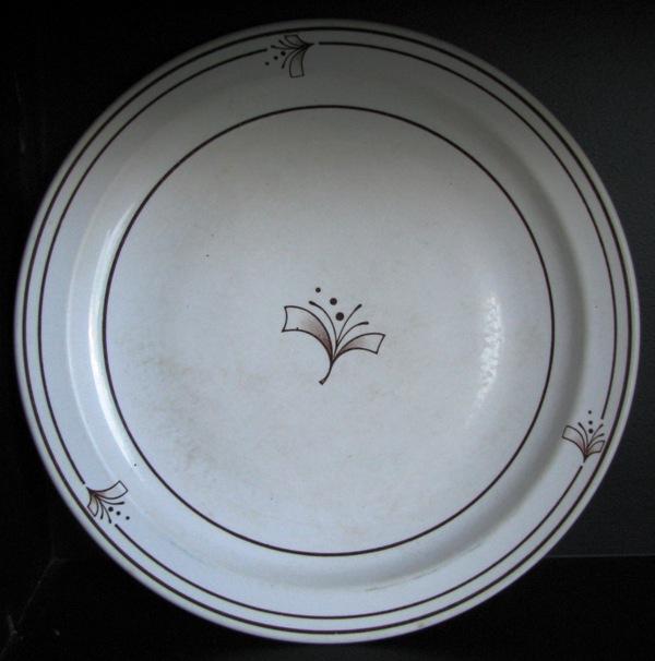 Nouveaux d323 Tableware by Crown Lynn Nouvea10