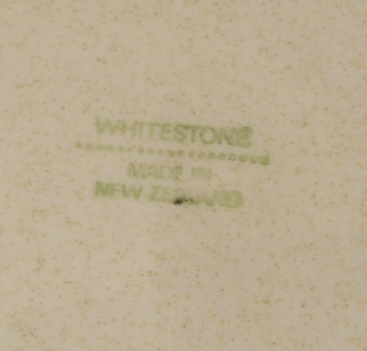 whitestone d026 Made in New Zealand by Crown Lynn Whites11