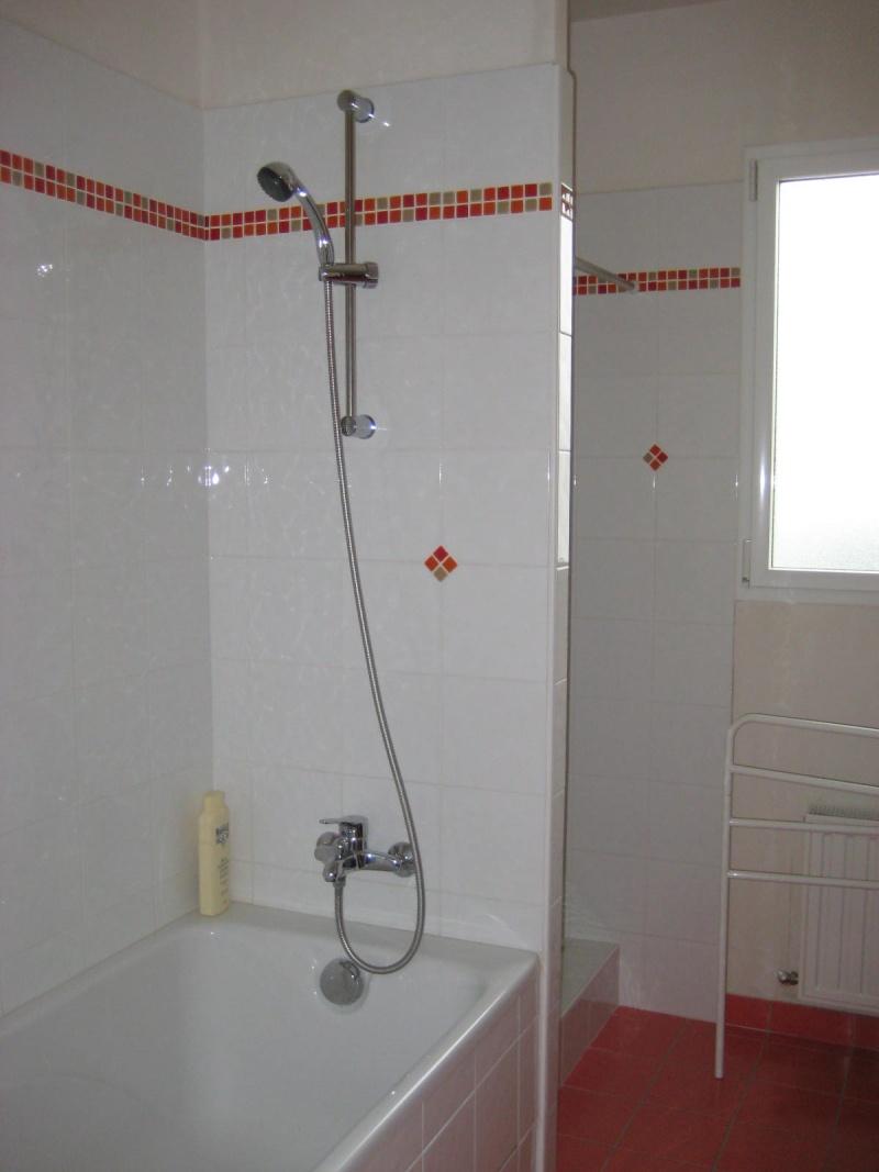 une salle de bains à décorer