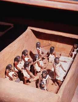 تاريخ مصر القديمة من عصر بداية الاسرات الي الدولة الحديثة واشهر ملوكها  07910