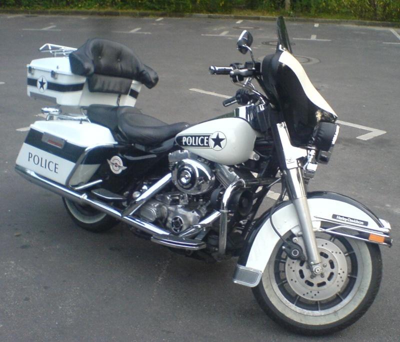 Stand so auf dem Parkplatz rum! Harley12