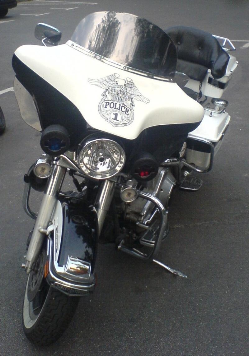 Stand so auf dem Parkplatz rum! Harley13