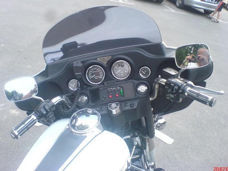 Stand so auf dem Parkplatz rum! Harley14
