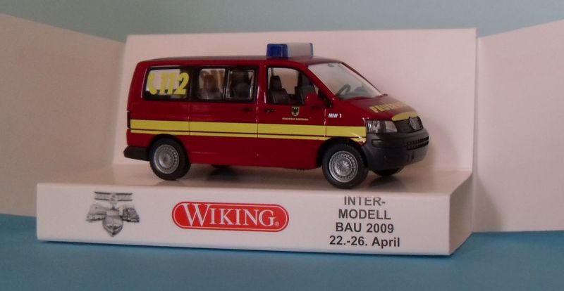 John - Meine BLAULICHTSAMMLUNG / VW T5 MW1 /1:87 Sdc11814