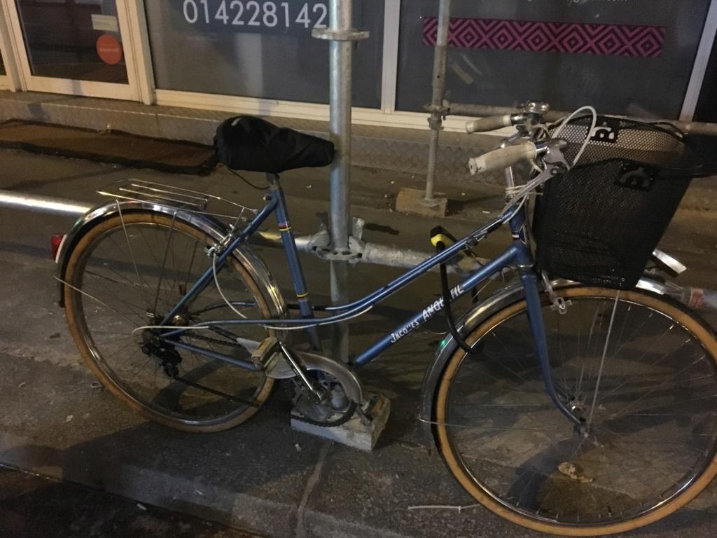 Vélo femme Jacques Anquetil et changement de roue C5afba10
