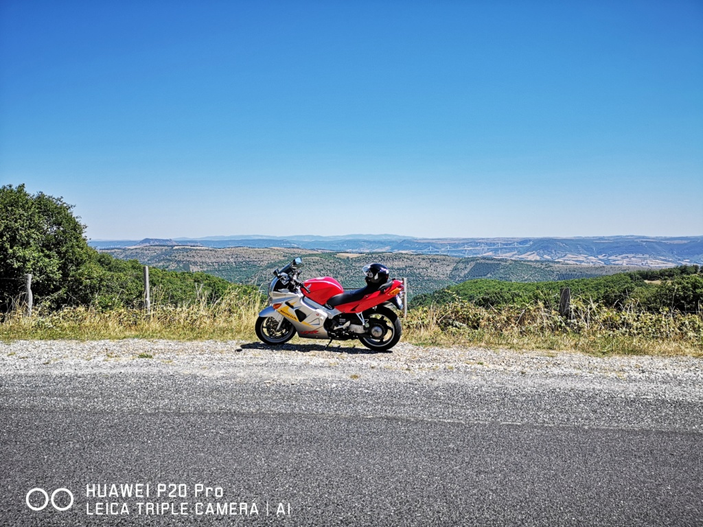 Un GTIste chez les motards - Page 2 Img_2066