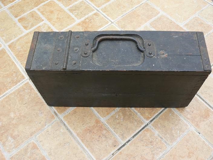 caisses pour munitions  ww1 et ww2 P1080811