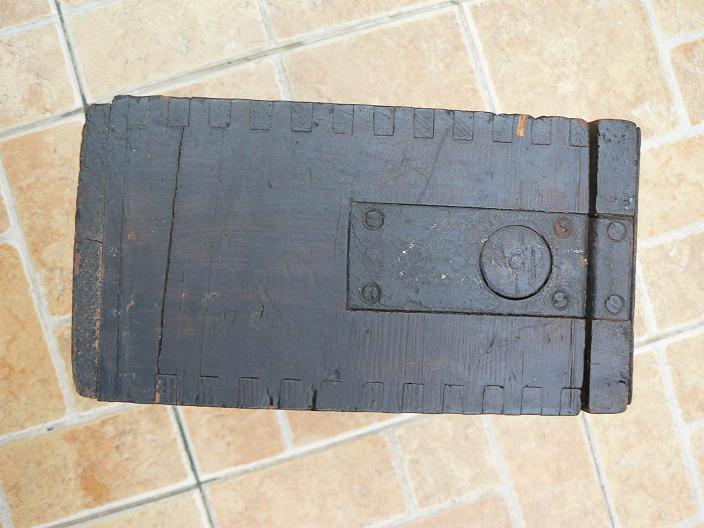 caisses pour munitions  ww1 et ww2 P1080812