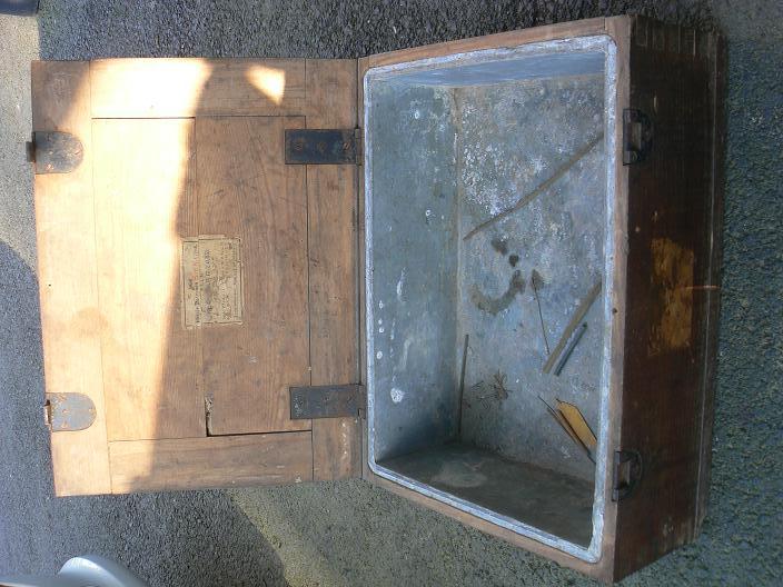 caisses pour munitions  ww1 et ww2 P1080817