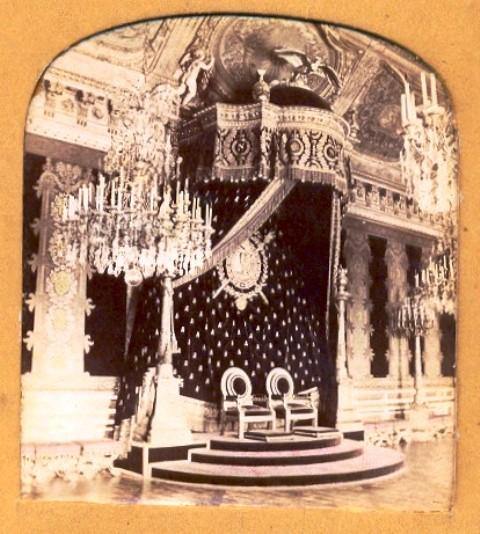 Exposition « Trônes en majesté, l'autorité et son symbole » - Page 4 041tui10
