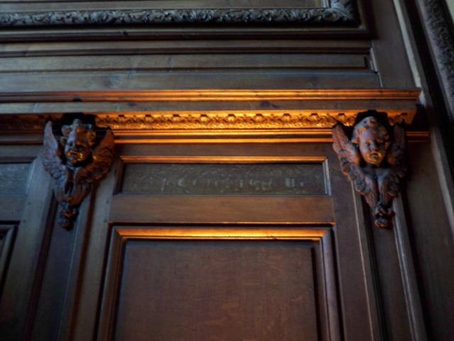 Une chapelle pour le roi (avril-juillet 2010) 100_0919