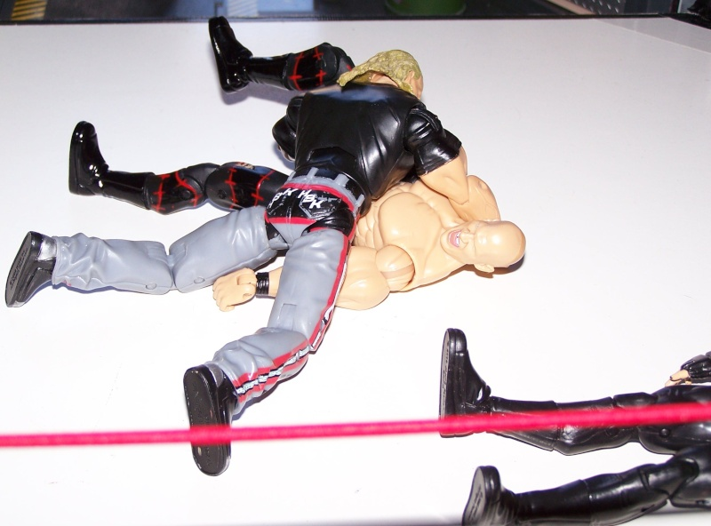 The Undertaker pose.... - Page 2 Dx_vs_16
