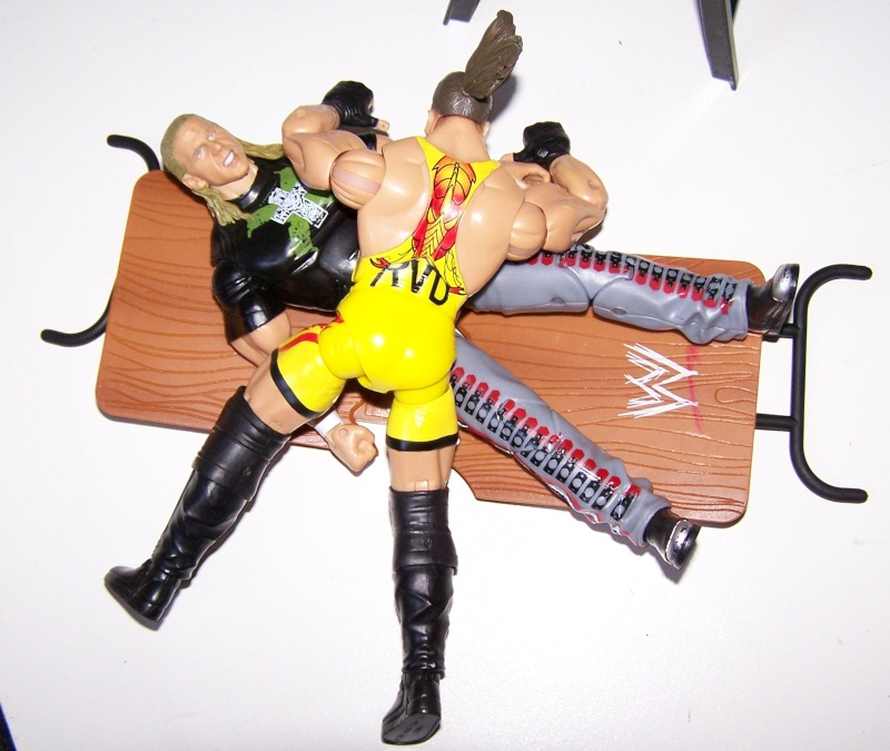 The Undertaker pose.... - Page 3 Raw_vs18