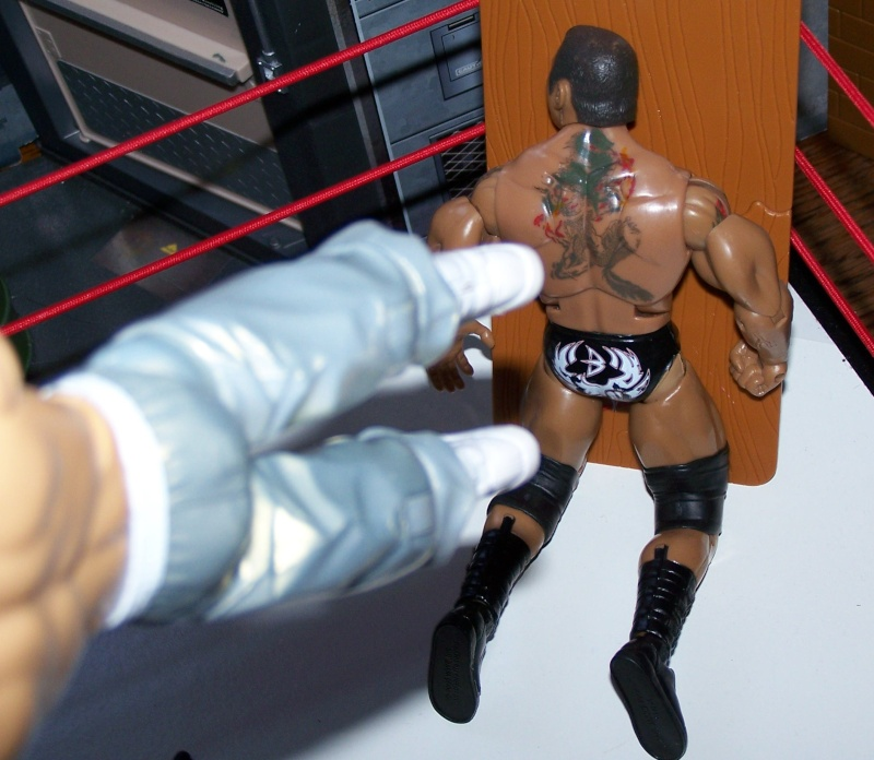 The Undertaker pose.... - Page 3 Raw_vs20