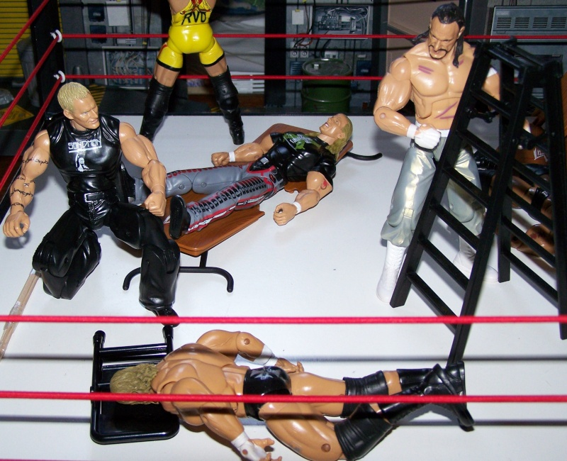 The Undertaker pose.... - Page 3 Raw_vs23