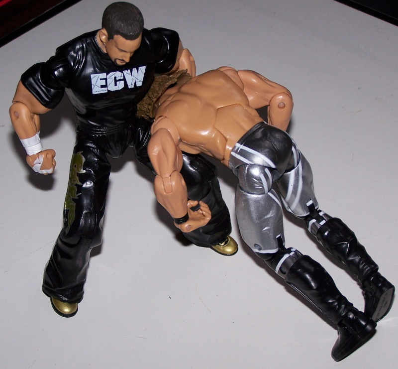 The Undertaker pose.... - Page 3 Tommy_13