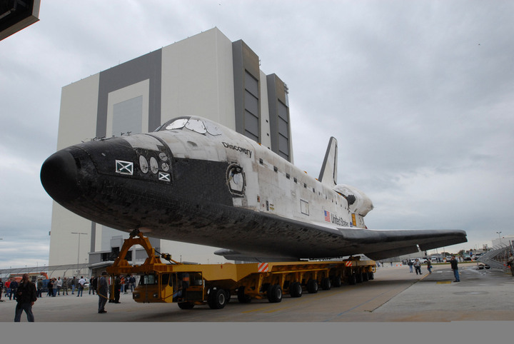 [STS-119] Discovery : préparatifs (lancement le 15/03/2009 au plus tôt) - Page 2 09pd0011