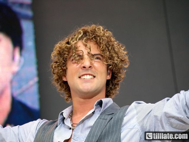 POZE CU DAVID BISBAL/ PHOTOS WITH DAVID BISBAL - Pagina 5 5yx6ch10