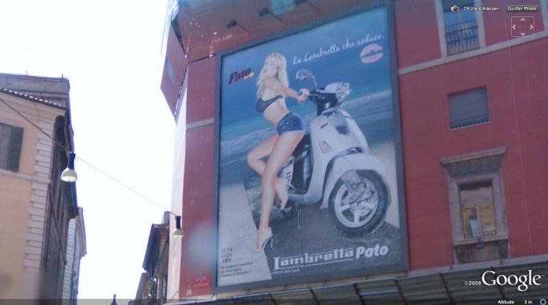 STREET VIEW : une affiche pub sexy sur un mur de Rome Affich10