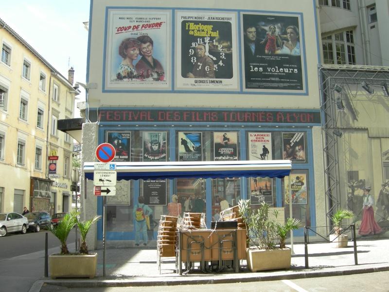STREET VIEW : les fresques murales en France - Page 5 Dscn0311