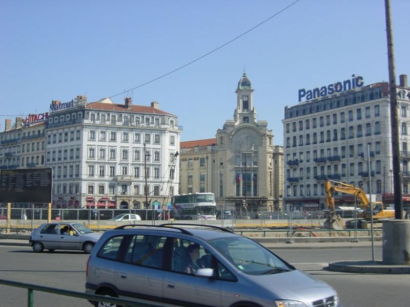 Lyon, visite au travers des grands travaux de ces dix dernières années. Escapa10