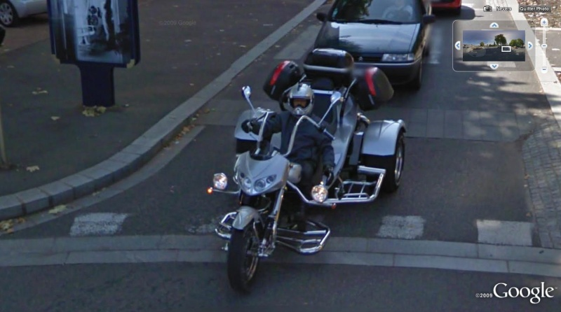 STREET VIEW : véhicules insolites Moto10