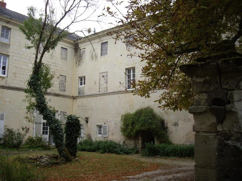 Le Breuil Bellay (Maine et Loire) Imgp7511