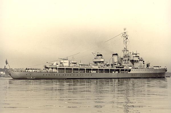 GUERRE de CORÉE: le débarquement d'INCHON Lg1-6011