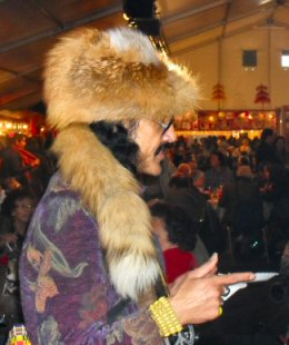 'n dagje op de 1e Pasar Malam Indonesia in Den Haag, 01-04-2010 Sdc14023