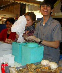 'n dagje op de 1e Pasar Malam Indonesia in Den Haag, 01-04-2010 Sdc14030