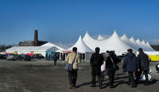 'n dagje op de 1e Pasar Malam Indonesia in Den Haag, 01-04-2010 Sdc14045