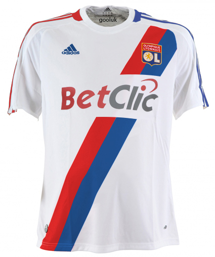 Topic des maillots 2010-2011 - Page 2 Olhome10