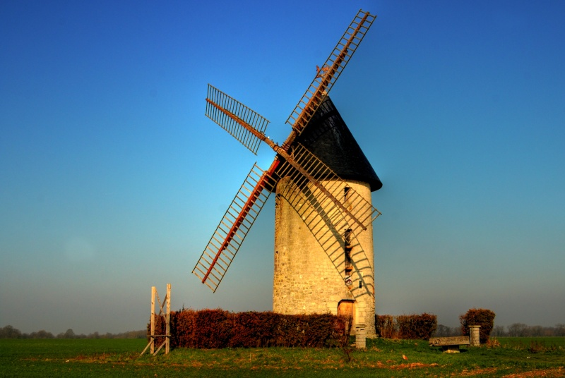 petit moulin à villers cotterêt dans l'aisne Z10