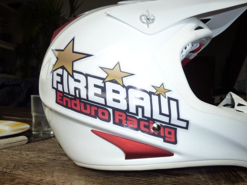 Stickers de casque Fireball ! Stick_11