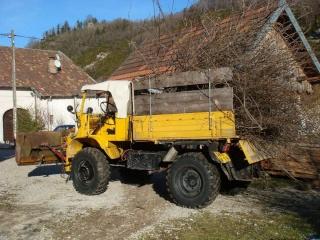 unimog mb-trac wf-trac pour utilisation forestière dans le monde - Page 4 Dsc05913