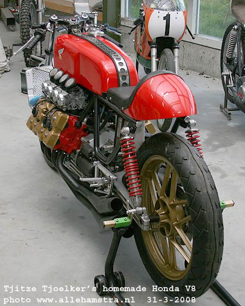 Honda V8.. Img_7010