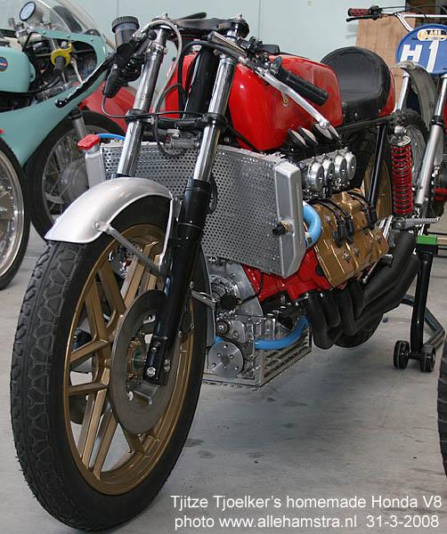 Honda V8.. Img_7014