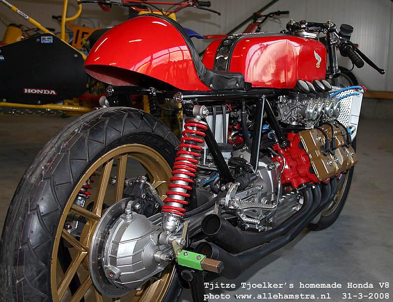 Honda V8.. Img_7015