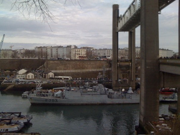 brest - [Les ports militaires de métropole] Port de Brest - TOME 1 - Page 5 Pont_r11