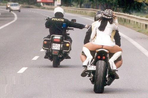 Mais que fait la police!!!! M-poli10