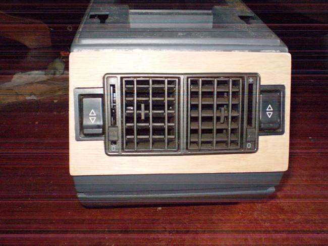 Adapter des lève-vitres electrique AV sur des portes AR avec L-V manuels P1010026