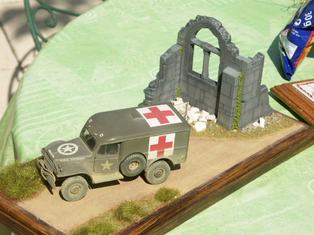 DODGE WC54 Ambulance [ITALERI / BILEK 1/35] - Page 3 2-dess10