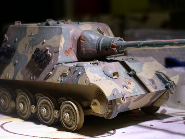 JAGDTIGER [REVELL 1/35] - Page 3 P1010112
