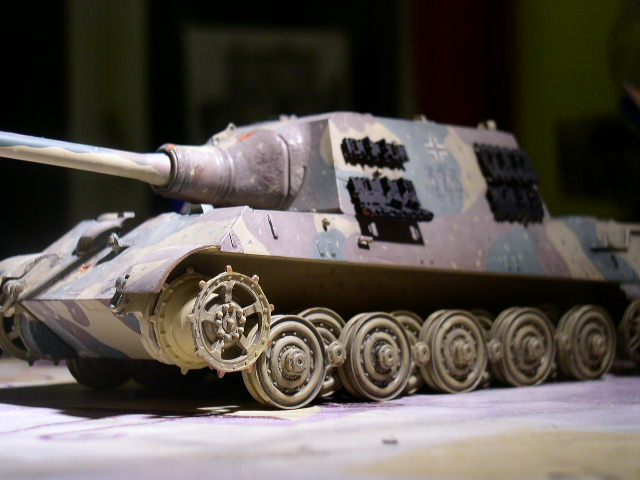 JAGDTIGER [REVELL 1/35] - Page 3 P1010113