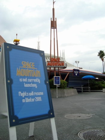 Space Mountain - refurbishment Smr210