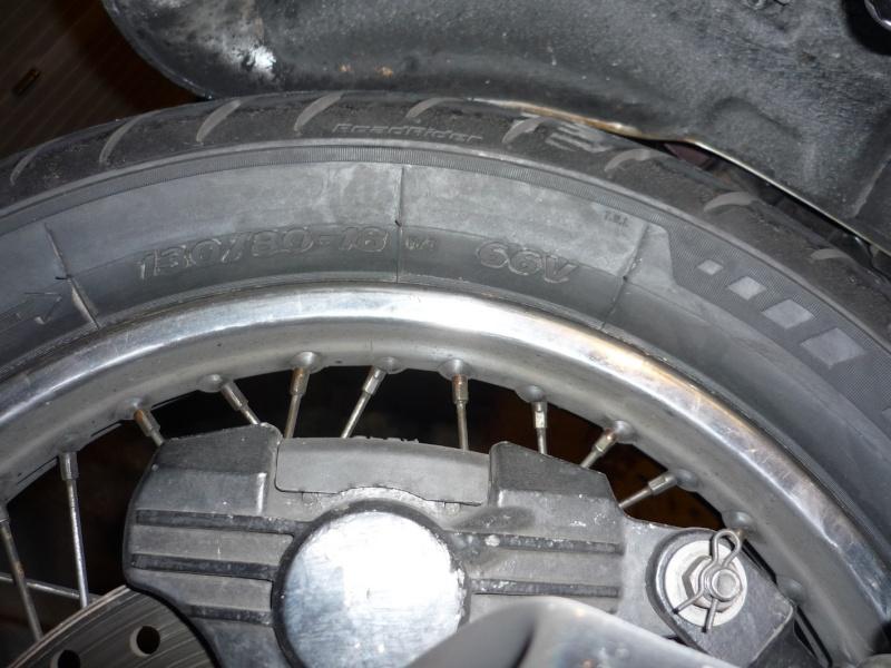 pneu arriere de Z1000 de 1977 Avon10