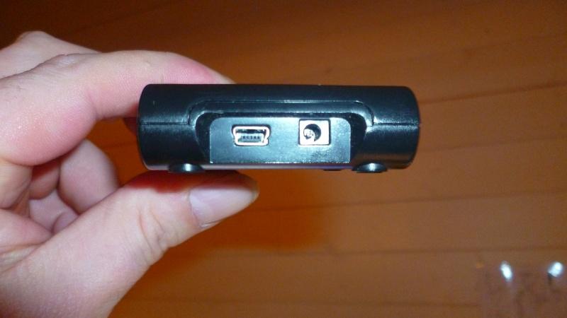 [MOBILEFUN.FR] Test d'une station d'accueil : le Desk Genie sur Génération mobiles P1020110